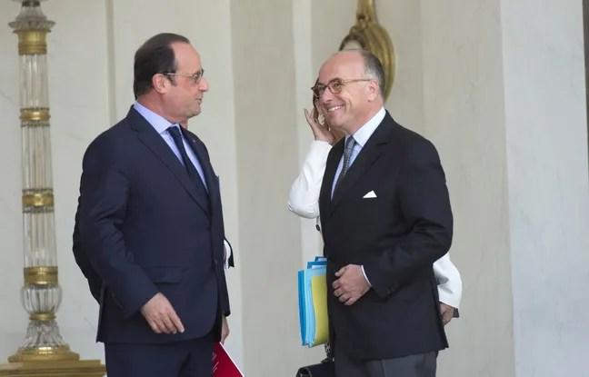 François Hollande et Bernard Cazeneuve sur le perron de l'Elysée, le 15 juillet 2015