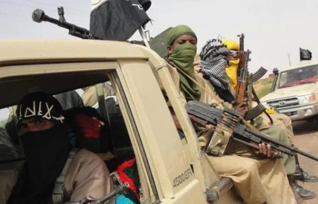 Les combattants du groupe islamique Ansar Dine, le 7 août 2013 à Kidal