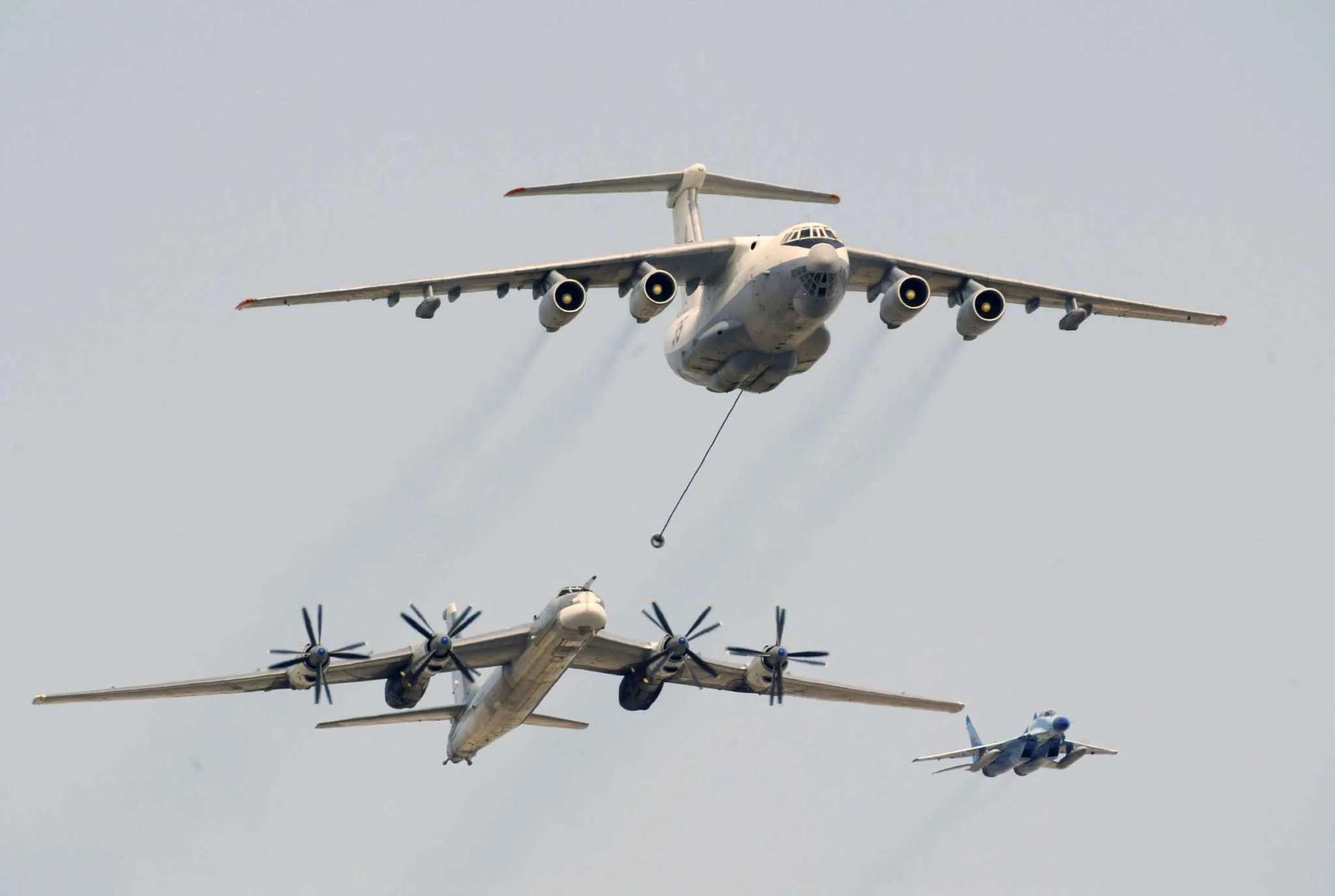 Intense Activite De L Aviation Russe Dans Le Ciel Europeen