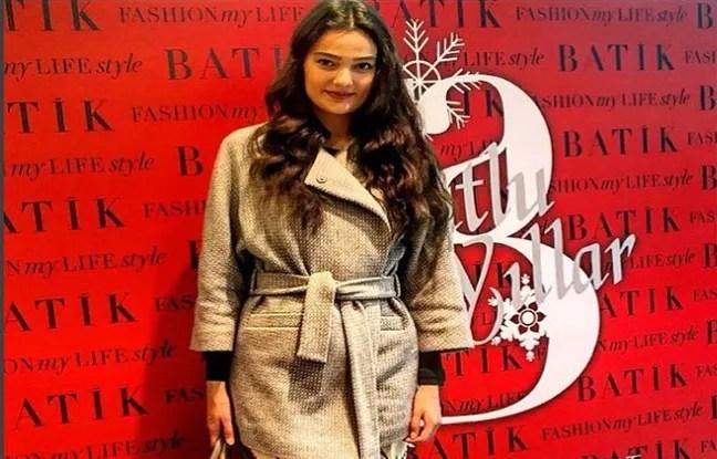 Merve Büyüksarac, miss Turquie 2006, condamnée à 14 mois de prison avec sursis pour un poème partagée sur Instagram.
