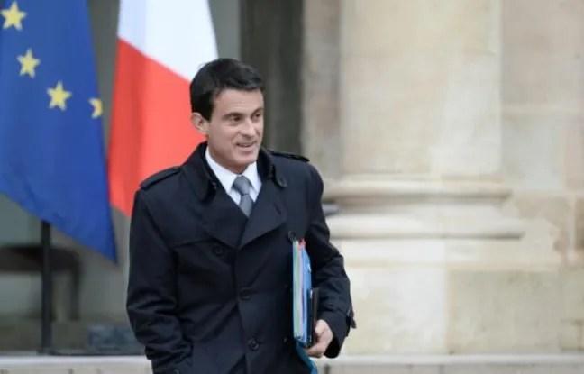 Le Premier ministre Manuel Valls à l'issue du conseil des ministres le 1er juin 2016 à Paris