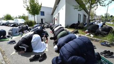 «On passe le ramadan dans la peur»… Inquiétude après de nouveaux tags racistes sur un centre musulman