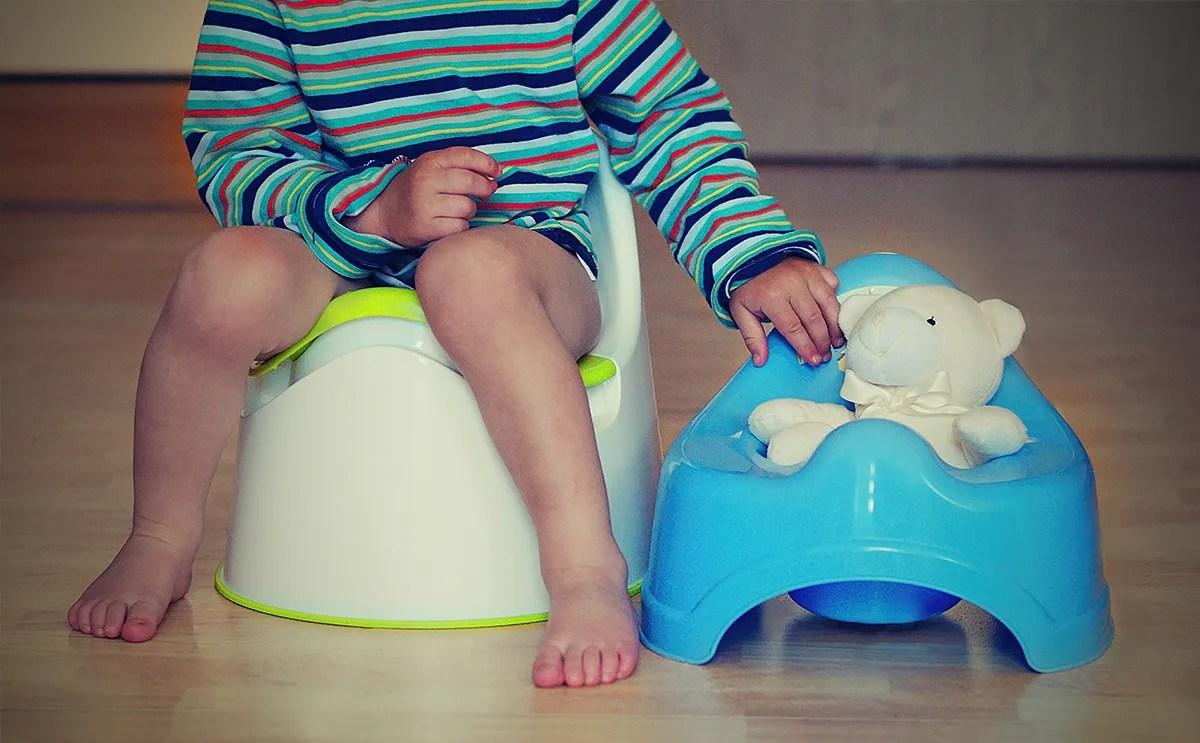 طرق تعليم الاطفال على الحمام