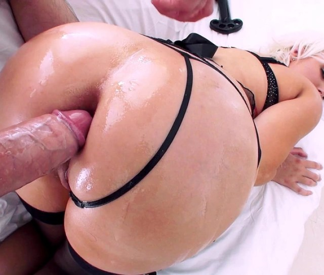 Jenna Ivory Enjoys Deep Anal Sex Until Her Asshole Gaped Wide Open And Pink 3 Movs Mobile
