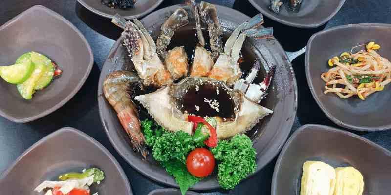 首爾美食 明洞咸草醬花螃蟹餐廳,一個人也能吃的美味醬蟹