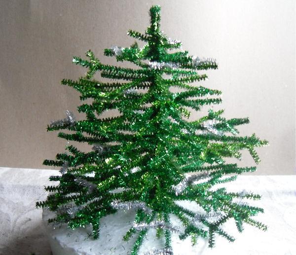 Бұл Рождестволық ағаштар әдемі және безендірілмеген!