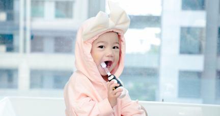 【健康的牙齒從小培養 | VIVATEC Lux360兒童電動牙刷+澳洲JACK N' JILL 天然有機牙膏】