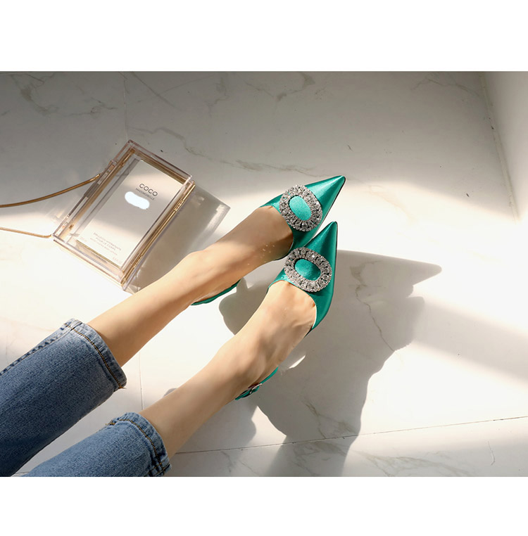 TB2GSmbosyYBuNkSnfoXXcWgVXa !!862068005 Summer new stiletto pointed high heel rhinestone buckle sandals Satin Korean version of the wild Baotou female cool shoes