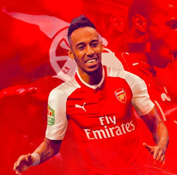 OFFICIAL: Aubameyang signs a new 3-year deal with Arsenal 2