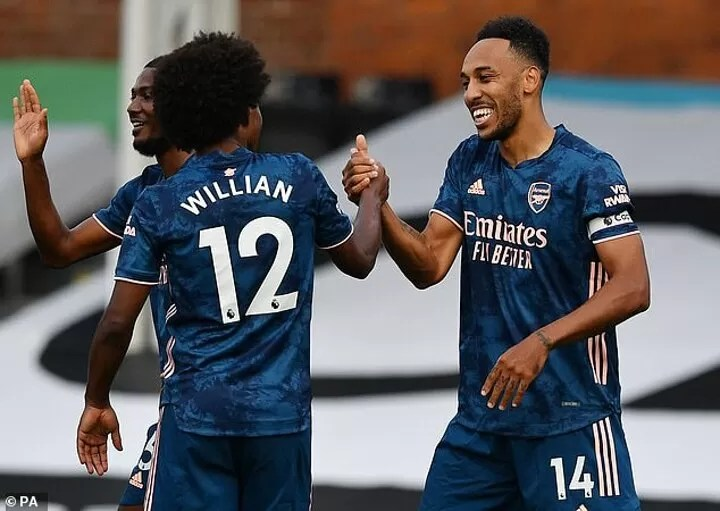 Arsenal fans heap praise on Willian as Brazilian notches THREE assists in 57 minutes on his debut 3