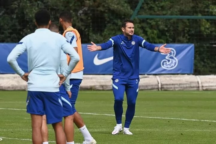 Chelsea boss Frank Lampard told he has made glaring transfer error by Owen Hargreaves 3
