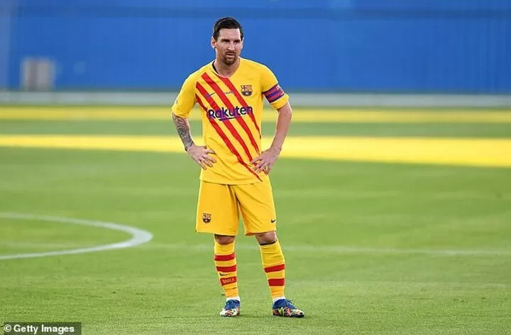 Messi's x-rated rant revealed by opponent who had to get physical to stop him 3