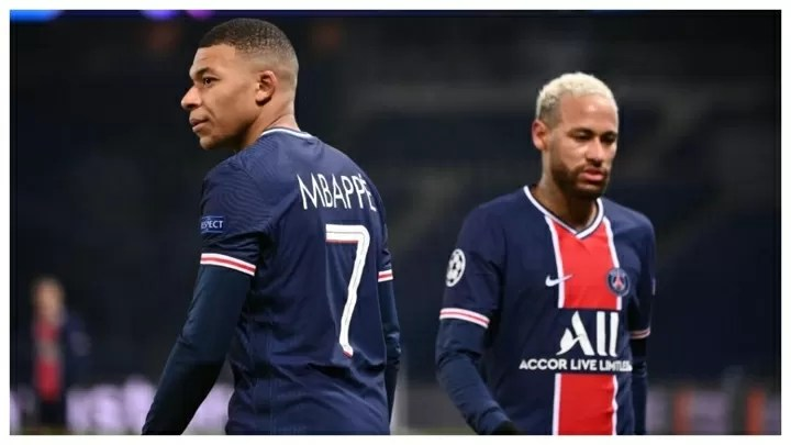 """""""Neymar and Mbappe want to renew"""" PSG president reveals 2"""