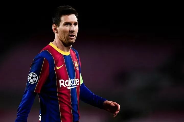 Man City and PSG set to begin Lionel Messi transfer talks 2