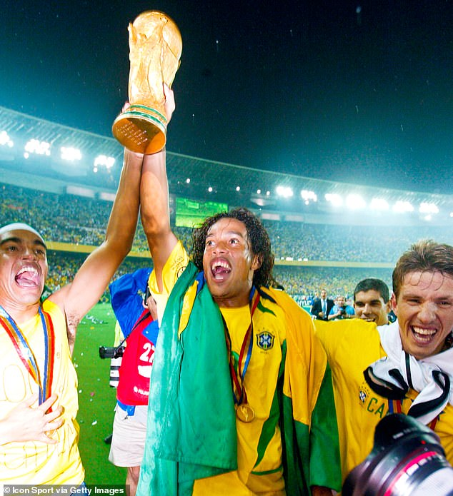 From allegations of fraud to bigamy... A tale of how Ronaldinho ended up in  jail — All Football App