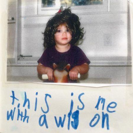 Noah Galvin in his childhood wearing wig, source Instagram noahegalvin
