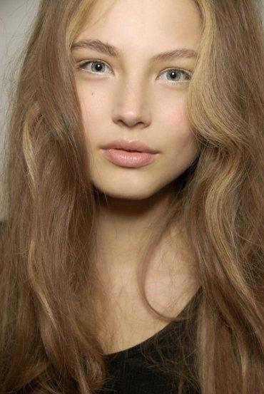 eyeliner bianco