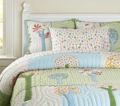 10 Pretty Bedding Sets For Your Little Girl Lifestyle