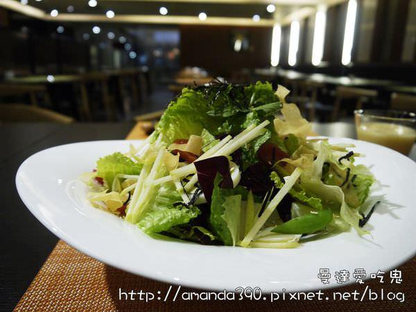【高雄食記】苓雅區 Double Veggie 蔬活食堂 ● 顛覆傳統的素食創意料理! ❤❤