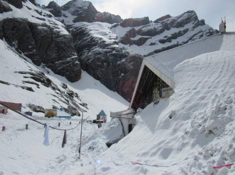 Image result for hemkunt sahib snow
