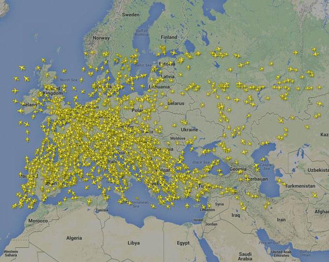 Χάρτης - τα ορισμένα αεροπορικά δρομολόγια και πορίες στην ευρύτερη περιοχή της Ευρώπης