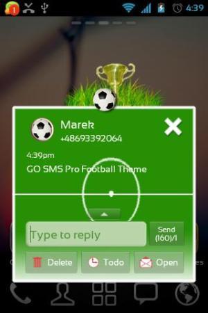 GO SMS Pro Football Theme 2.0 Screen 2