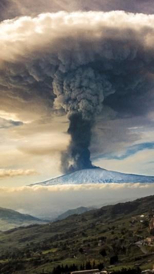 Volcanoes Live Wallpaper 1.4 Screen 2