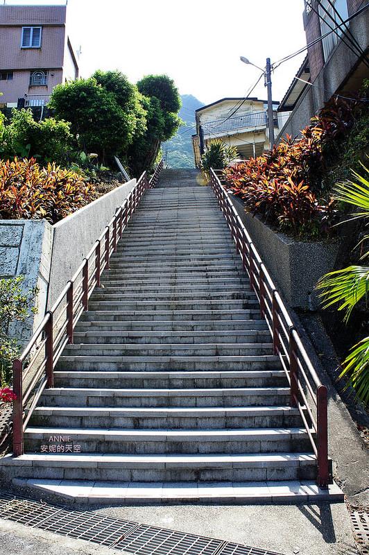 4384919a9524347a93917b85510e7965 - [九份金瓜石兩天一夜這樣玩]老街 海線 山線 古蹟 童趣溜滑梯 完整交通路線