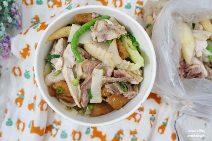 20180915205130 8 - [板橋美食] 一毛不拔鹽水雞 煙燻雞 80元20種蔬菜滷味夾好夾滿 晚來吃不到喔