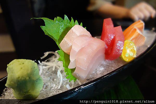 【員林】中華壽司員林店;價格合理食材新鮮,每次想到就會想來吃料理,不過還是較偏台式風格。