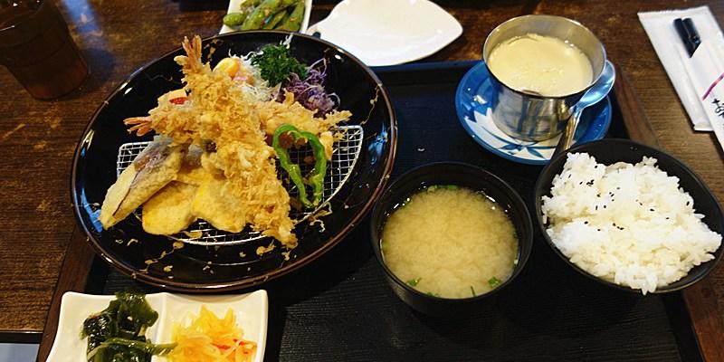 川前屋新日式廚房   草屯平價傳統日式定食推薦!飲料暢飲,日式建築裝潢風格。