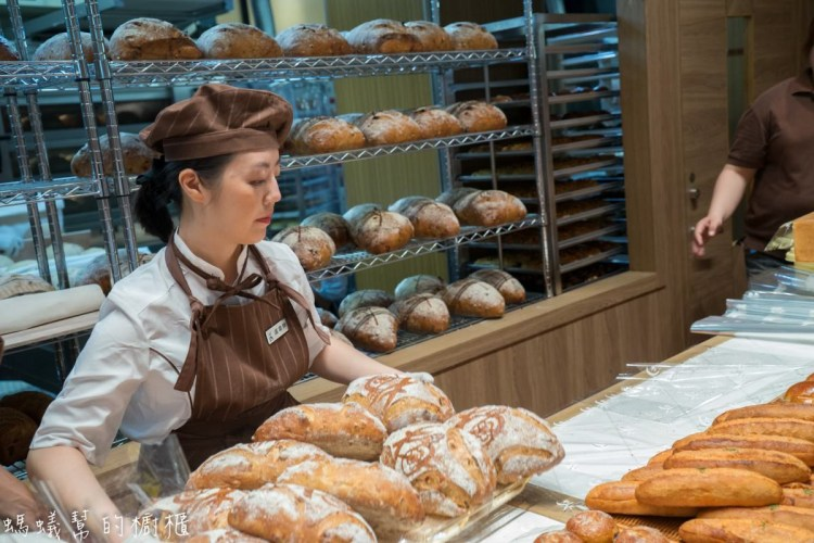 台中吳寶春麥方店   7款台中限定款麵包,台中花博麵包登場!鄰近台中歌劇院。