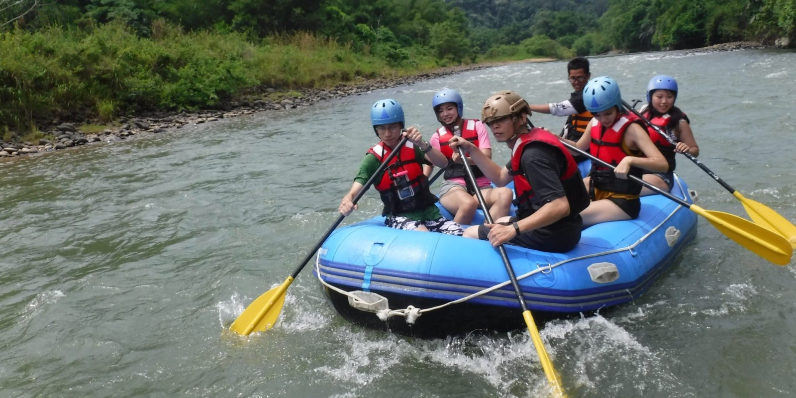 沙巴九如河泛舟   馬來西亞沙巴自由行,激流泛舟一定要來體驗!