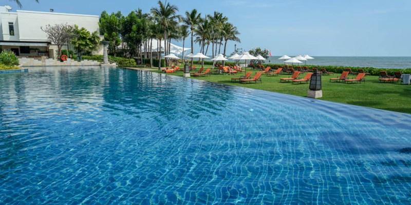 華欣喜來登度假酒店Sheraton Hua Hin Resort & Spa   華欣住宿推薦,親子設施、泳池、自助式早餐。