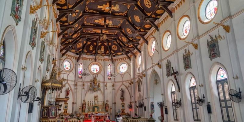 哥德式古老教堂   泰國最美的天主教堂之一。Nativity of Our Lady Cathedral(โบสถ์แม่พระบังเกิด)