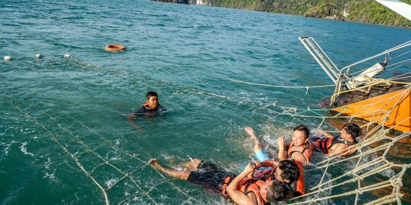 蘭卡威帆船出海   TROPLCAL CHARTERS蘭卡威落日美景,船上自助晚餐,出海享受浪漫帆船逍遙遊。