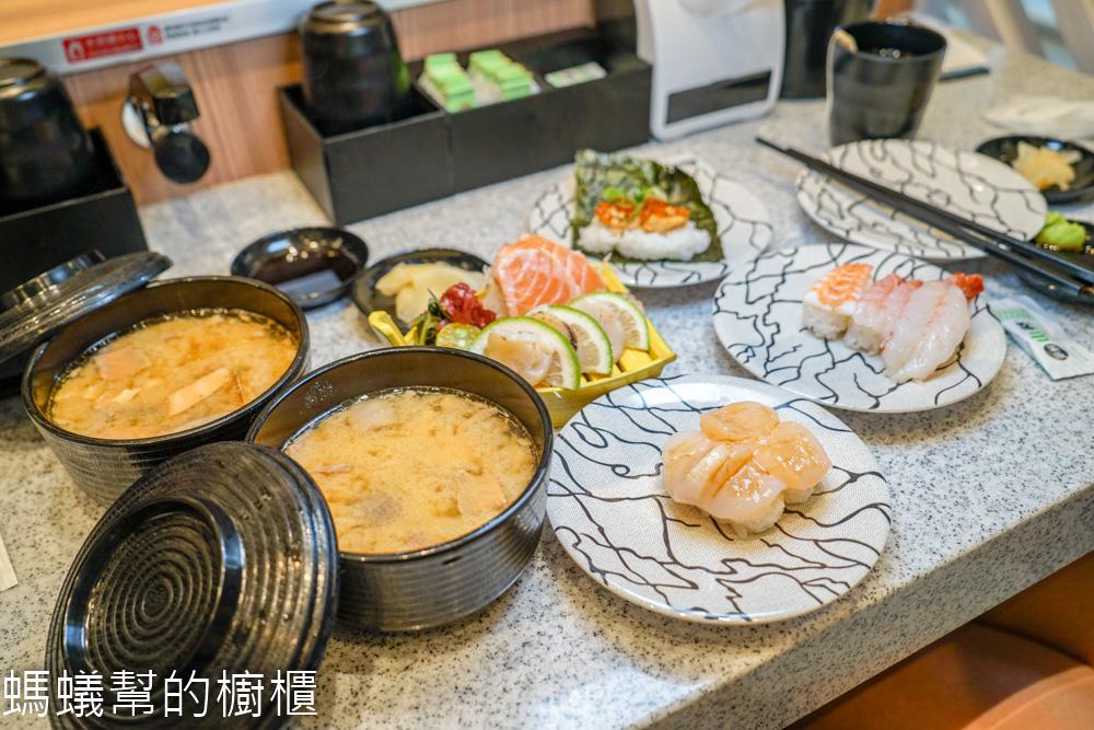 員林点爭鮮   40元起握壽司,新幹線直送,手機掃描就能點餐,滿五盤還能抽獎。