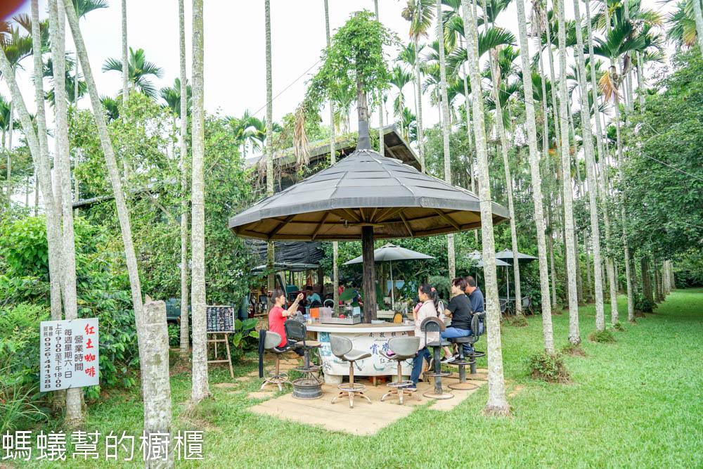 南投橫山紅土咖啡(賞鷹步道)   南投139縣道隱藏在樹林木屋裡喝咖啡,彷彿走入秘密基地!