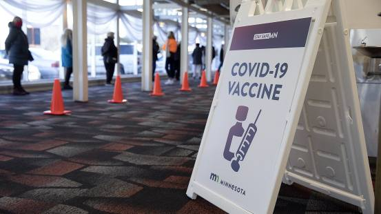 4 questions to help resolve the ethics of getting a COVID vaccine before you are eligible