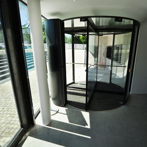 floor mounted air curtain all