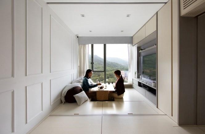 A Small Apartment In Hong Kong Makes