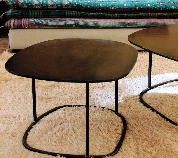 table basse contemporaine en acier ovale ame