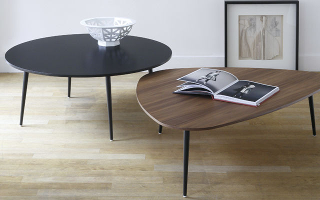 table basse contemporaine en noyer en mdf en metal