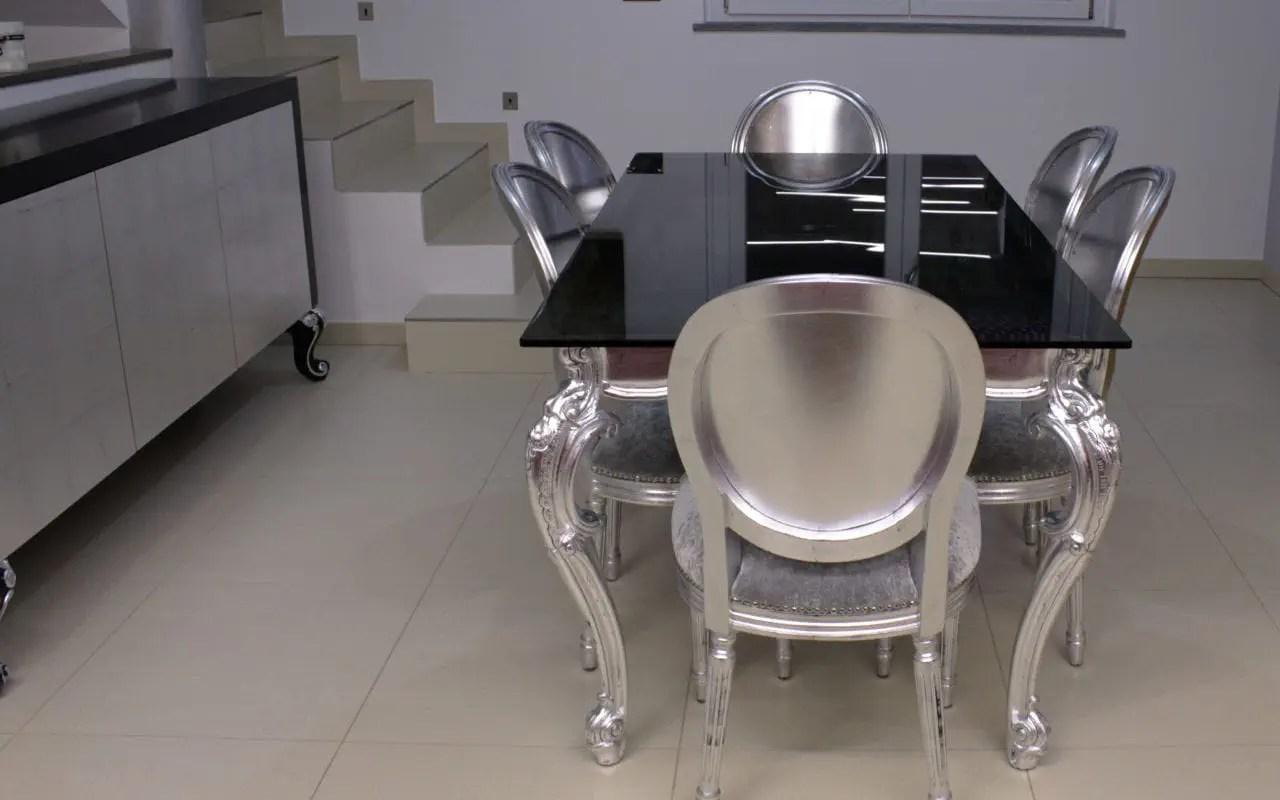 table a manger design nouveau baroque