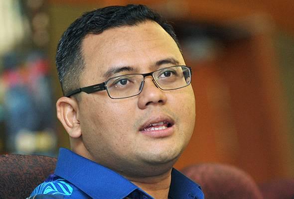 MB Selangor bidas fitnah yang mengaitkannya dengan ADUN wanita   Astro Awani