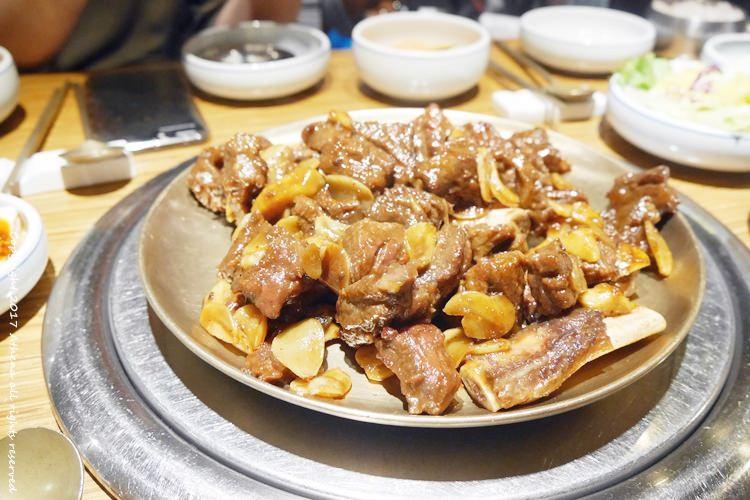韓國食記 ▌鐘閣站(131) 韓國人氣名店  王妃家왕비집 超好吃的韓牛烤排骨 #附優惠卷