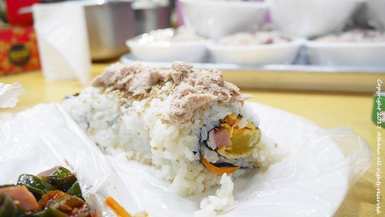 韓國首爾 ▌鐘路五街(129) 廣藏市場美食:대원원조마약김밥 美味鮪魚飯捲 阿姨超親切