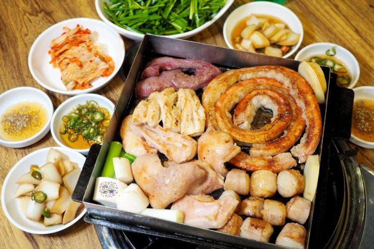 韓國首爾美食 ▌黃牛烤腸專賣店 아우성황소곱창 肥滋滋牛腸專賣店《加小菲專欄》