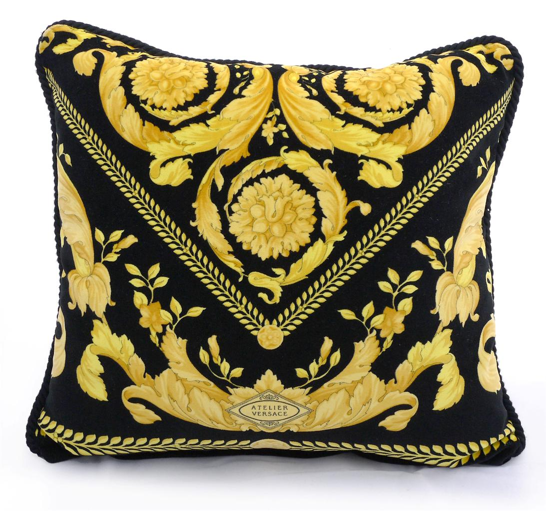725 New Gianni Versace Home Signature Black Amp Gold