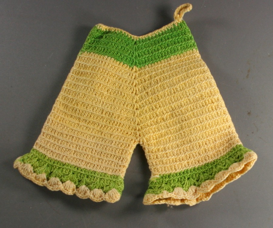 vintage hot pad,crochet, yellow,green,bloomers